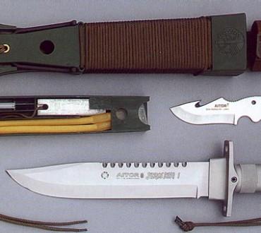 Reportage sur la confection d'un couteau de survie
